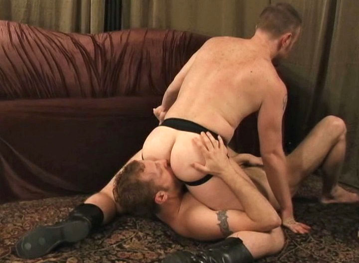 *Video:two hot studs enjoying ass licking, blowjob and anal action