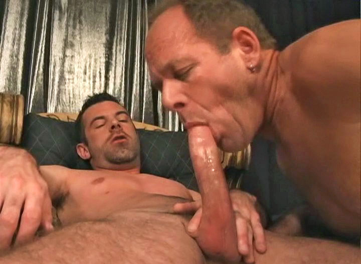 *Video:hot guys enjoying some hot blowjob and anal action in here