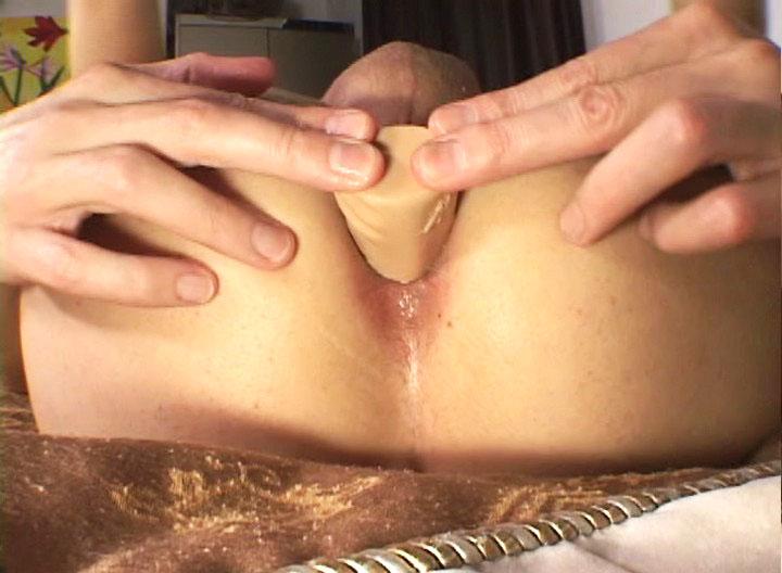 *Video:hot dilf enjoying some intense dildo ana toying in this one