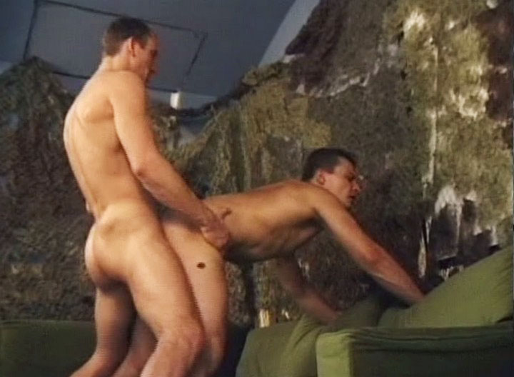 *Video:2 sexy soldiers wants some cock and anal action in here