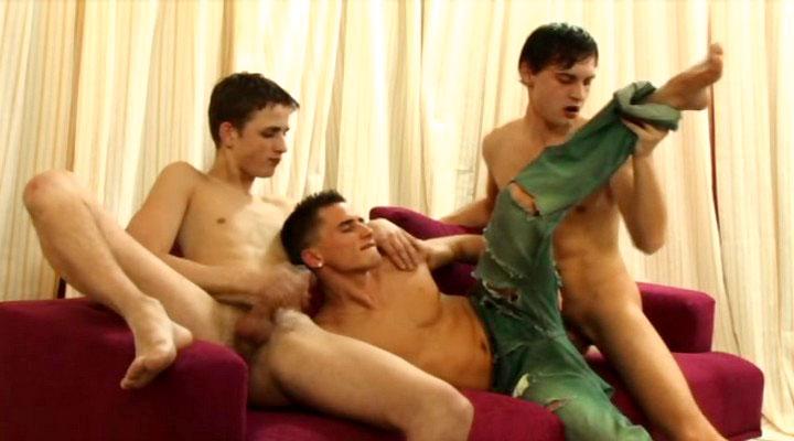Bareback Big Uncut Dicks 03