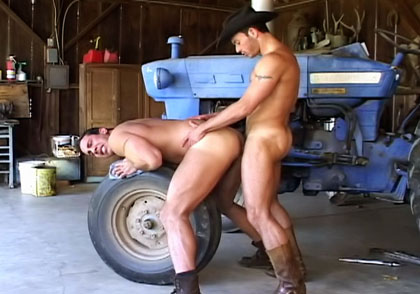 Swinger mom tracy fucking in front of public porn