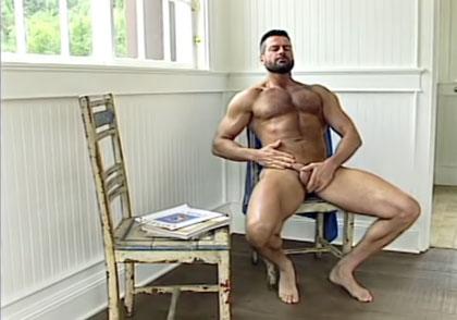 Minute gay man 11