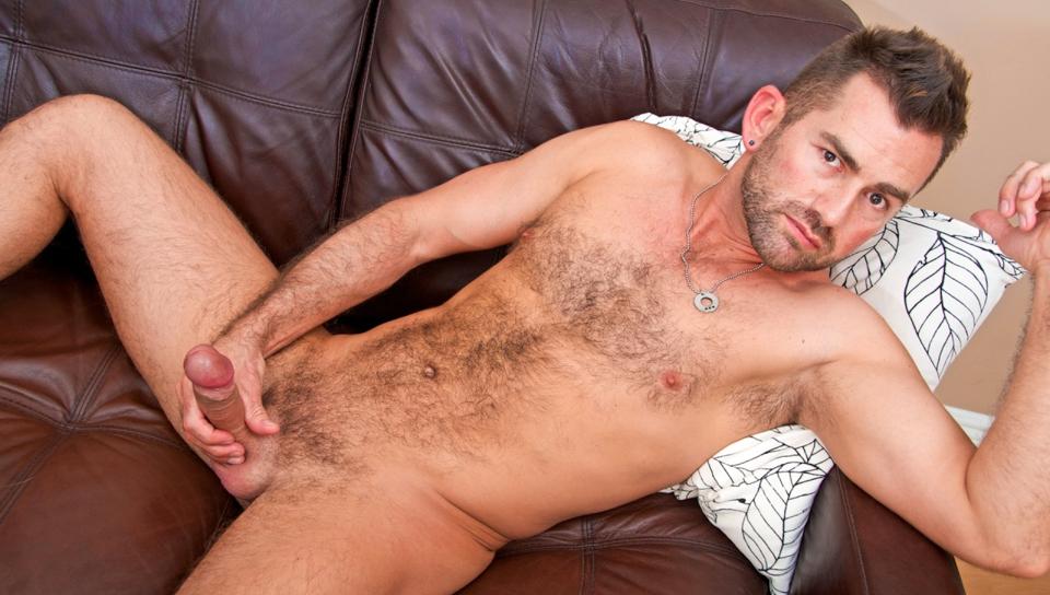 Free Gay Hairy Hunk Pics