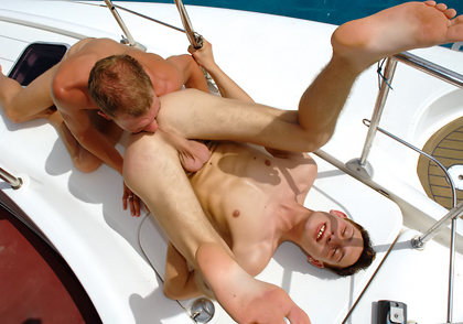 loverly Boat 03