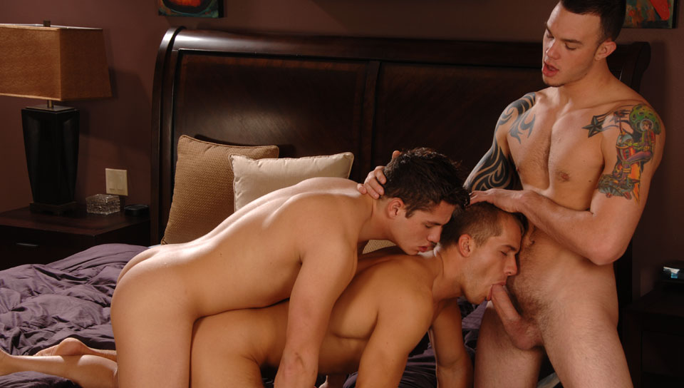 Brandon Lewis, Cliff Jensen, Hunter Ford gay jocks/frat boys video from Next Door Buddies