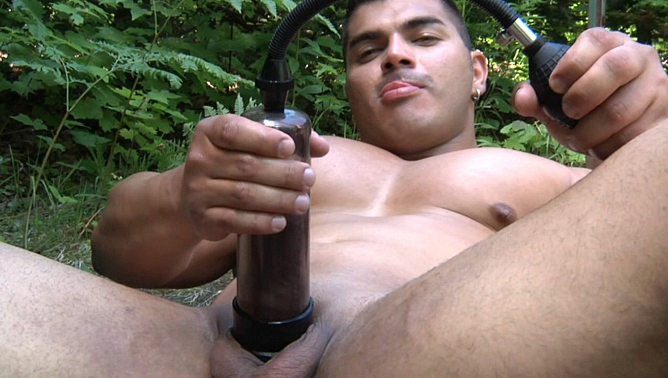 Diego is masturbating and masturbating his hard dick in the woods