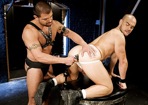 Jessie Balboa gay fisting video from Club Inferno Dungeon