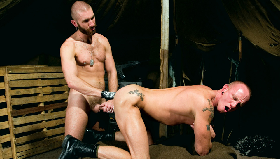 Geoffrey Paine, Mason Garet gay fisting video from Club Inferno Dungeon