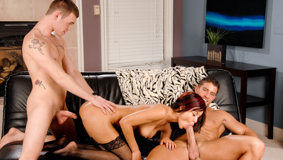 heavy Knox Threesome