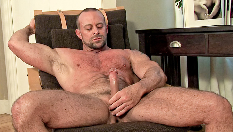 Male muscle masturbation