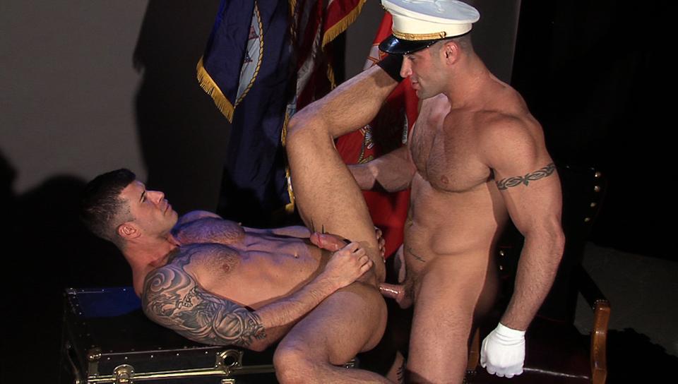 Hot gay men horny
